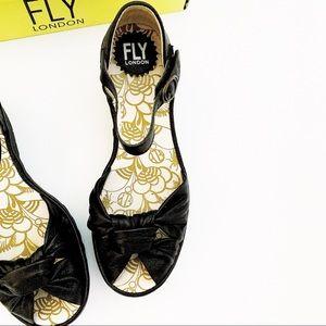 Fly London Black Leather Wedge Sandals size 39 NIB